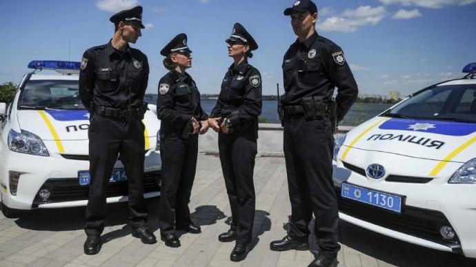 Какие могут быть основания для остановки транспортного средства полицейским